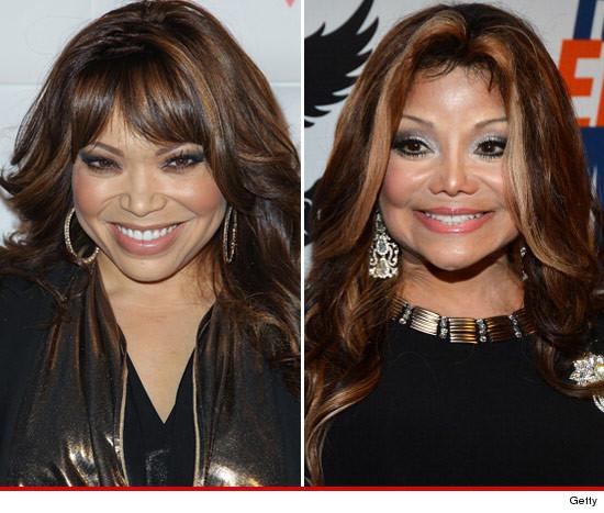Is Tisha Campbell TRYING to look like Latoya Jackson????